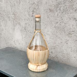 Vinkaraff/Vinflaska/Ljusstake med bast utanpå - 750ml - 27,5 cm - www.frokenfraken.se
