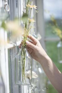 Glasflaska - Vas i tråd - 500 ml - Ø7 x 17,5 cm - www.frokenfraken.se