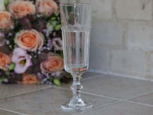Champagneglas - Antoinette - Pärlmönster - Ø6 x 18 cm - www.frokenfraken.se