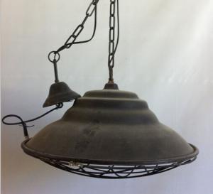 Filipiniana Taklampa - Industrilampa med galler - 51.5 x 32 cm