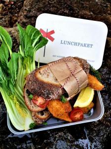 Matlåda - Lunchpaket - Vit/Grå - 18 x 12 cm x 6.5 cm - www.frokenfraken.se