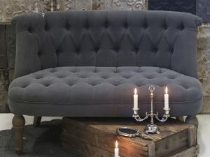 Chic Antique Soffa - Fransk Grå - Linnetyg med knappar - 2 sits