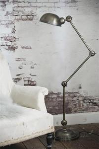 Golvlampa - Antik Silver - 135 x 21 cm - www.frokenfraken.se