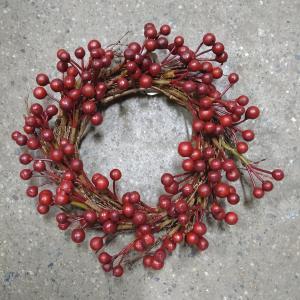 Krans - röda bär - Ø17 cm - www.frokenfraken.se